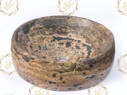 Sinks and kurnas made of natural stones